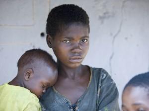 ВОЗ сообщает о 5 случаях заболевания острой геморрагической лихорадкой в Конго