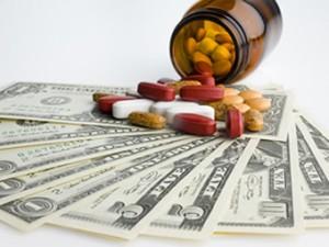 Минздрав получит право контролировать цены на лекарства