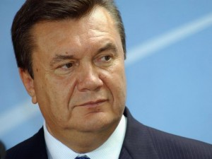Виктор Янукович требует возобновить полноценную вакцинацию от кори и краснухи