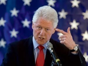 Клинтон призвал украинцев обследоваться на ВИЧ
