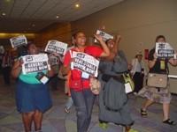 Активисты по борьбе со СПИДом выступают в защиту дженериков