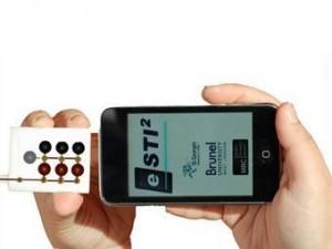 Мобильные телефоны будут проверять британских подростков на половые инфекции