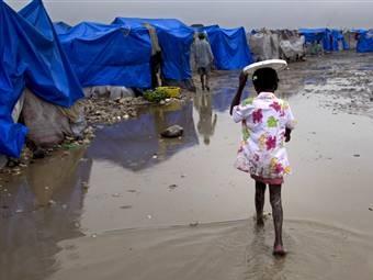Число жертв эпидемии холеры на Гаити превысило 700 человек
