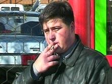 Роспотребнадзор хочет запретить курение на остановках автобусов и стадионах