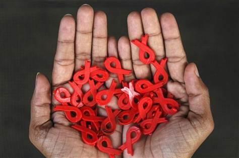 Акции «Помнить и жить» по экспресс-тестированию на ВИЧ