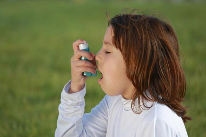 Антибиотики провоцируют астму у детей