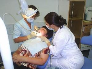 Имплантация зубов – дань красоте или жизненная необходимость?