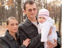 Узнав, что он ВИЧ-инфицирован, 38-летний Дмитрий из Черкасс преодолел 15-летнюю зависимость, женился и растит здоровую дочь