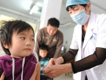 От полиомиелита дополнительно привили 4,5 миллиона китайцев