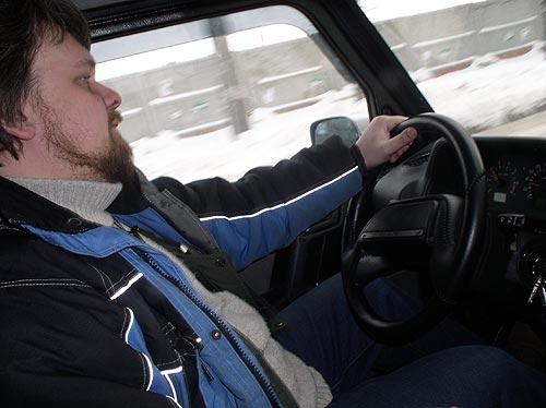 За час езды по забитым улицам города организм водителя авто получает почти такую же нагрузку, как организм грузчика после рабочего дня
