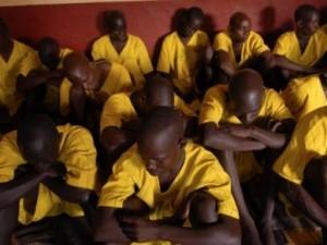 Из угандийского госпиталя сбежал заключенный с подозрением на лихорадку Эбола