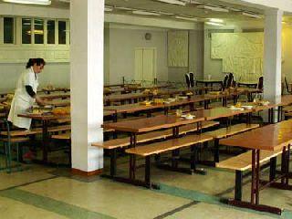 Камчатские школьники отравились в школьной столовой