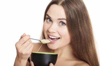 Продукты питания, которые подарят волосам красоту и здоровье