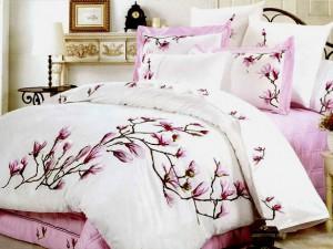 Как правильно выбрать постельное белье для здорового сна?