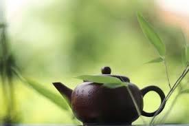Полоскание горла зеленым чаем поможет бороться с гриппом