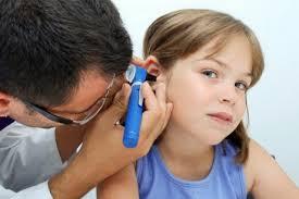 Как защитить ребенка от ушных инфекций?
