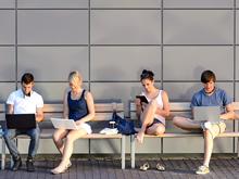Интернет-зависимость подрывает иммунитет, показало исследование