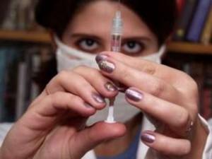 Ученые впервые удачно испытали на человеке вакцину для подавления ВИЧ