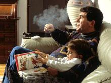 Курильщики виноваты в приступах астмы у детей, показал анализ