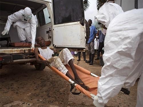 В Либерии от лихорадки Эбола умер подросток