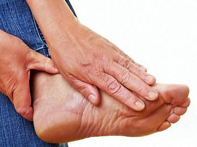 Боль при различных заболеваниях стоп