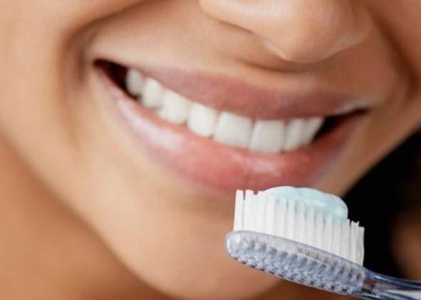 Как следует заботиться о зубной эмали?