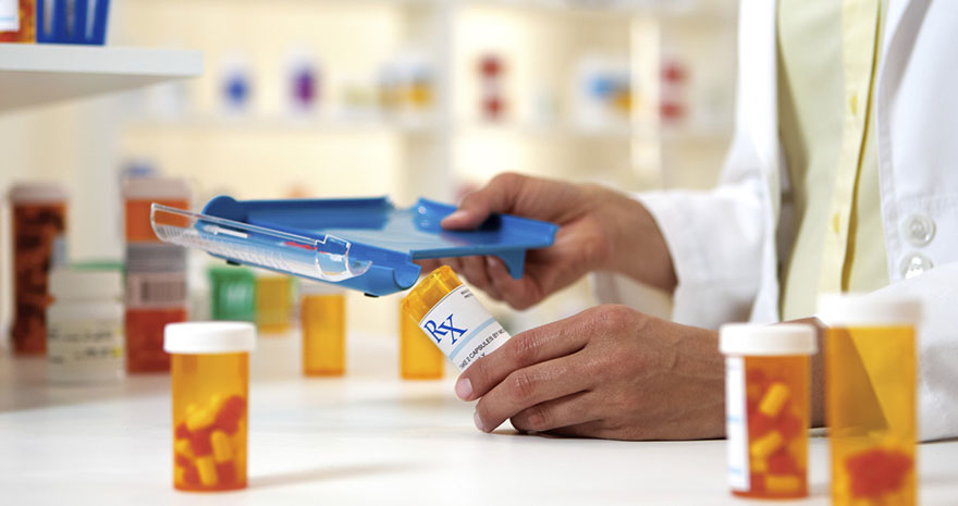 Как проверяют лекарства, прежде чем они попадают в аптеку?