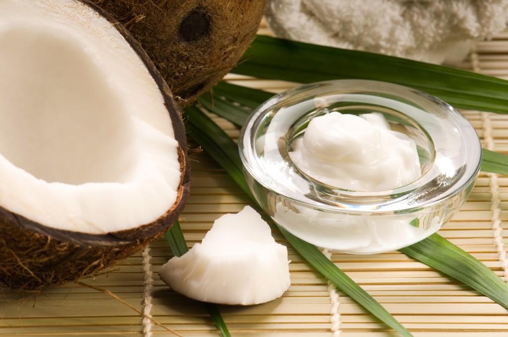 Кокосовое масло и его применение для ухода за кожей