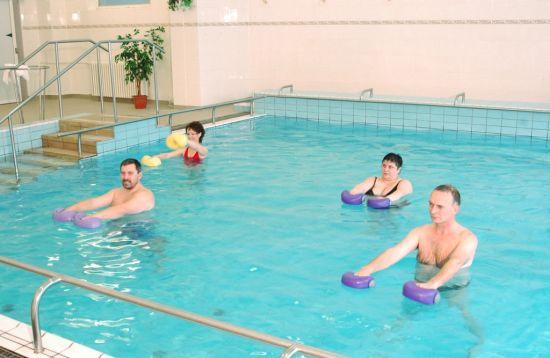 Заражение хламидиозом в бассейне, воздушно-капельный и другие не половые пути инфицирования