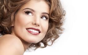 Здоровая и белоснежная улыбка – залог успеха в обществе
