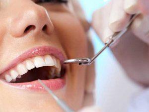 Имплантация зубов в стоматологии DDclinic – непревзойденное качество и гарантированная надежность