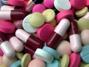Антибиотики неэффективны для лечения вирусных инфекций