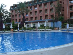 После вспышки инфекции на турецких курортах Ростуризм разрешил отказываться от туров без штрафных санкций