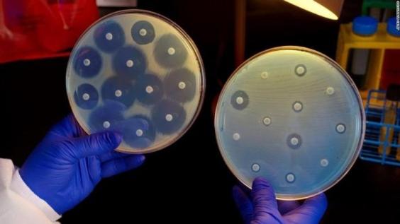 Чем грозит супермикроб
