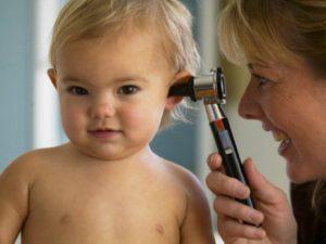 Детские ушные инфекции и тонзиллит могут привести к потере слуха в пожилом возрасте