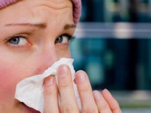 Насморк — одно из самых часто встречаемых проявлений простуды