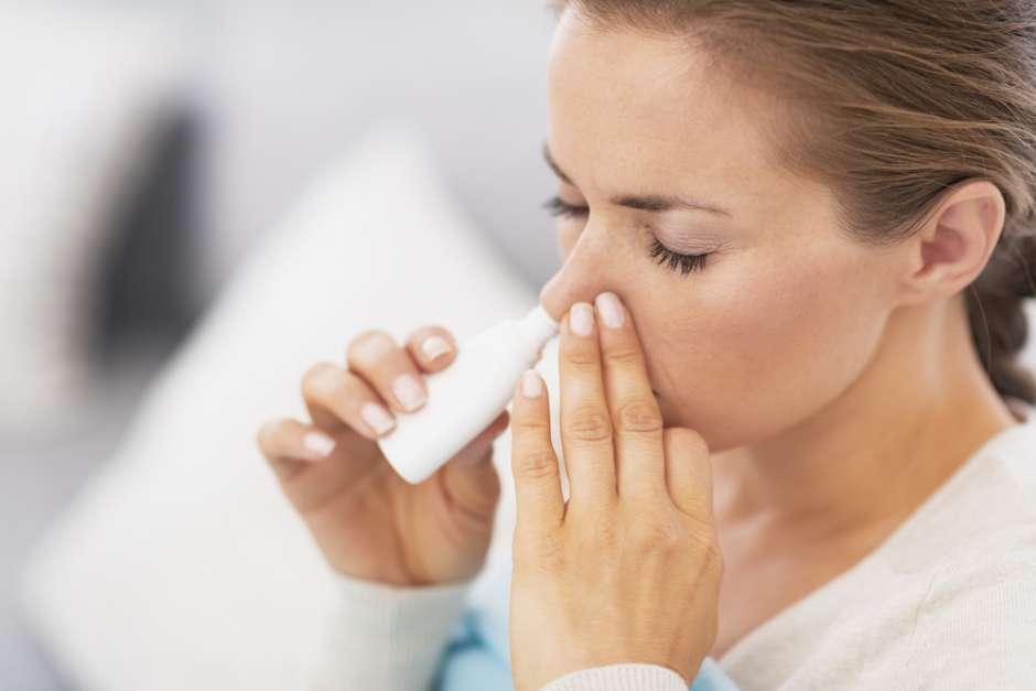3 простых натуральных средства в помощь при насморке