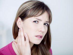 Летние отиты: как защитить уши?