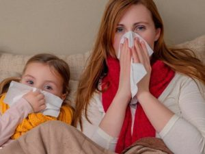 За 18 лет жизни ребенка мама заражается от него 324 раза