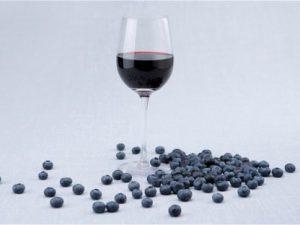 Красное вино и черника укрепляют иммунитет