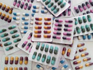 Антибиотики от больного горло нужно пить на третий день