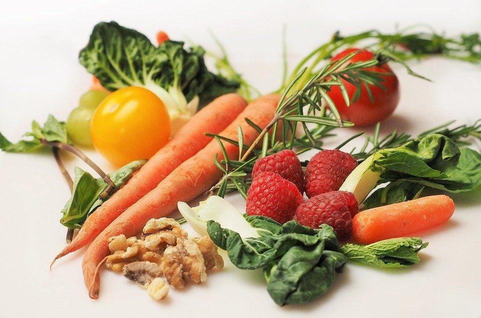 Какие витамины нужно принимать весной, чтобы чувствовать себя бодрым и не болеть