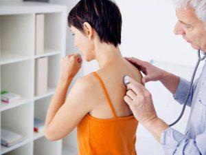 11 распространенных ошибок при лечении пневмонии