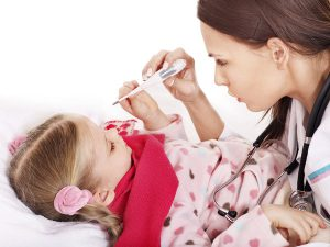 Ребенок заболел гриппом: что делать маме?