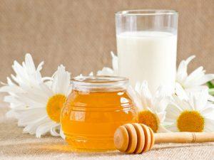 Почему нельзя пить молоко с медом при простуде