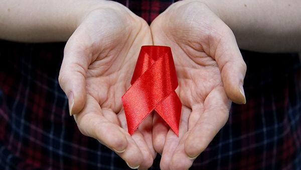 Какие осложнения вызывает ВИЧ?