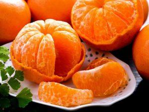 Улучшают иммунитет, оздоровляют печень: почему полезно ежедневно есть мандарины