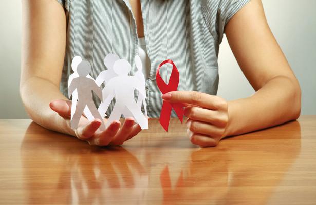 3 мифа о ВИЧ, в которые стыдно верить