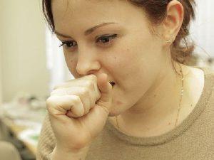Миф или правда: заразен ли бронхит?