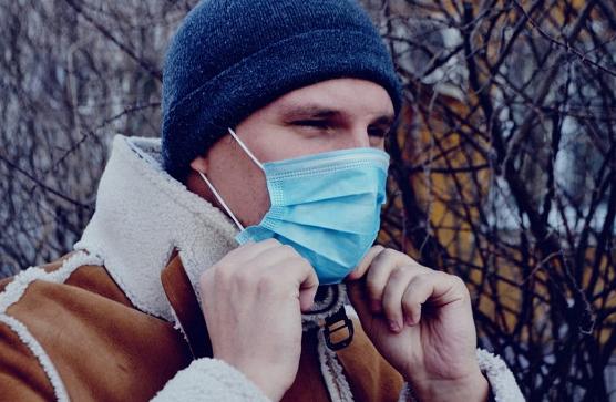 Эксперт назвал срок окончания эпидемии коронавируса